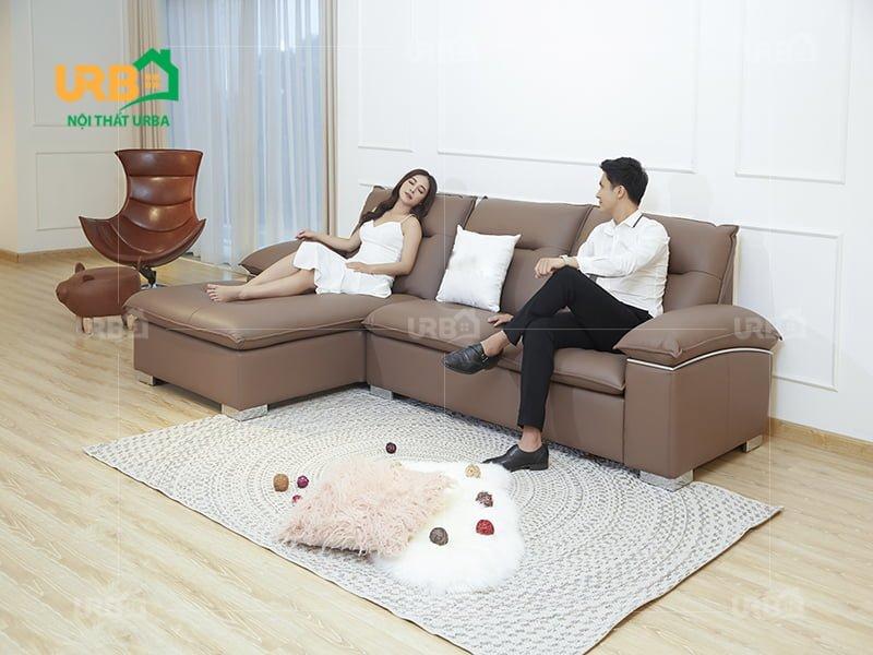 cảm giác thoải mái khi được nằm trên bộ ghế sofa da thật chất lượng