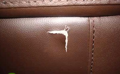 Mách bạn xử lý như nào khi ghế sofa da khi bị rách ngay tại nhà