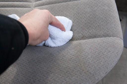 Mách bạn bảo quản ghế sofa nỉ luôn bền, đẹp 2