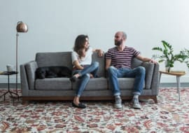 Sofa phòng khách giá rẻ dưới 15 triệu có tốt không?