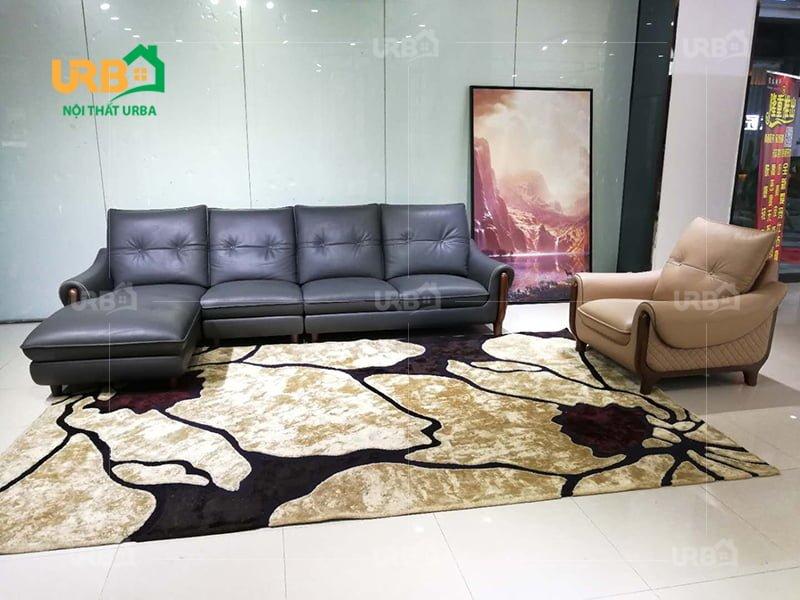 Bạn có thể thêm một tấm thảm đặt giữa tạo điểm nhấn hơn cho toàn căn phòng